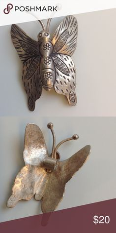 🇺🇸TODAY ONLY🇺🇸 Silver Butterfly Pendant Pretty and fun, non-tarnish, no stamp Jewelry