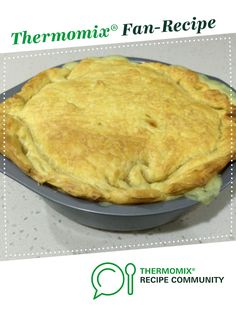 Recipe Chicken, Bacon and Leek Pie by EmpireG, learn to make this recipe easily in your kitchen machine and discover other Thermomix recipes in Main dishes - meat. Supper Recipes, Meat Recipes, Chicken Recipes, Savoury Recipes, Recipies, Chicken And Leek Pie, Chicken Bacon, English Food, English Recipes