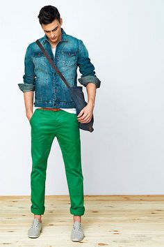 I love the green pants.