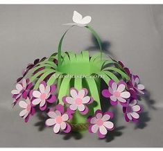 New craft paper flowers diy mothers 39 ideas Preschool Crafts, Diy Crafts For Kids, Easter Crafts, Arts And Crafts, Kids Diy, Paper Crafts Kids, Recycled Paper Crafts, Fabric Crafts, Flower Crafts