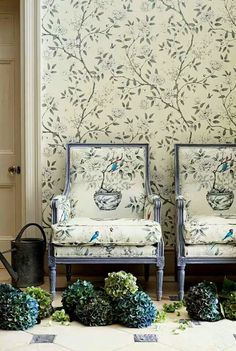 ... matching wallpaper and upholstery