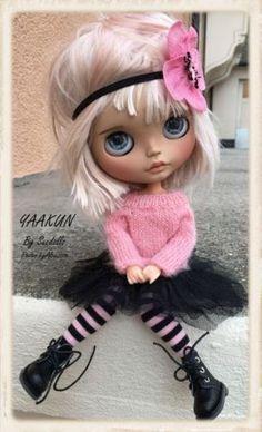 Dancing cute little doll ! Ooak Dolls, Blythe Dolls, Barbie Dolls, Pretty Dolls, Beautiful Dolls, Paperclay, Little Doll, Custom Dolls, Ball Jointed Dolls