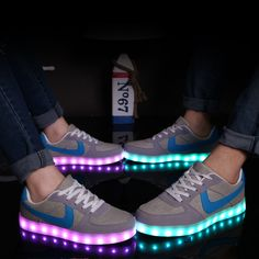 Led shoes for adults 2016 fashion led light shoes woman canvas shoes women casual shoes led luminous man