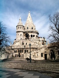 The Fishermen's Bastion in Budapest Danube River, Travel Memories, Budapest Hungary, Palaces, Homeland, Vacation Spots, South America, Castles, Places To Go