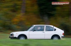 Wann haben Sie zum letzten Mal einen weissen Alfa Romeo Alfasud Ti gesehen? http://www.zwischengas.com/de/FT/fahrzeugberichte/Alfa-Romeo-Alfasud-TI-1-3-eine-Zeitreise-ueber-35-Jahre-in-die-Vergangenheit.html?utm_term=Alfa%20Romeo%20Alfasud%20TI%2013%20-%20eine%20Zeitreise%20ber%2035%20Jahre%20in%20die%20Vergangenheit&utm_content=bufferc368d&utm_medium=social&utm_source=pinterest.com&utm_campaign=buffer  Foto © Balz Schreier