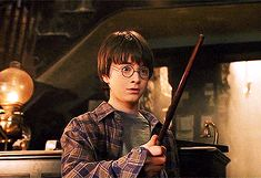 ballet-of-blades: get to know me meme: [4 / 4] favorite Harry...