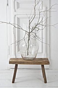 Old wooden stool, wine balloon with birch branch boheme-living-blo . - Old wooden stool, wine balloon with birch branch boheme-living-blo . Metal Walls, Metal Wall Art, Interior Styling, Interior Decorating, Roman Clock, Birch Branches, Metal Clock, Wooden Stools, Bohemian Living