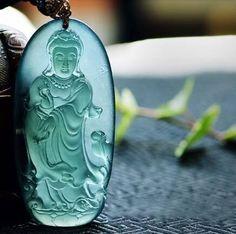 Jadeite Jade Buddha Jewelry, Jade Jewelry, Stone Jewelry, Jewelry Art, Vintage Jewelry, Jewelry Design, Imperial Jade, Jade Dragon, Jade Stone