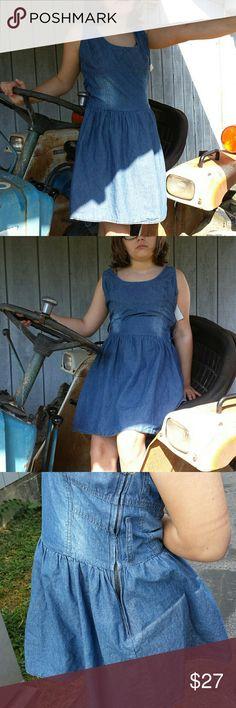 Dress No Belt Included ### No belt included used Ellison Dresses