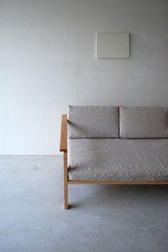 naut - frame arm sofa