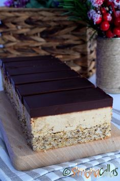 Tiramisu, Ethnic Recipes, Latte, Desserts, Sweets, Food Cakes, Bacon, Drink, Recipes