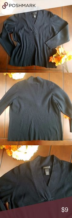 Lane Bryant Plus Ribbed PullOver Sweater Let this Lane Bryant ribbed sweater be the newest addition to your closet. Available preloved, in size 26/28. There are no holes, no tears, no stains. 70% Acrylic 30% Nylon. Machine washable. Sweaters V-Necks