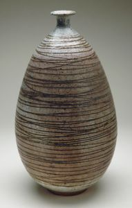 Peter Voulkos; Lines as surface decoration on clay