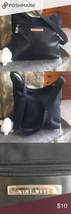 Nine West Little black bag 😊 Easy to wipe clean Nine West Bags Shoulder Bags