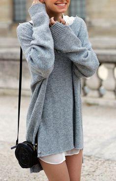 #street #style oversized gray sweater @wachabuy
