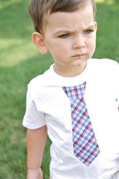 How to make a no sew (or sew) little boy's tie t shirt via lemontreecreations.blogspot.com