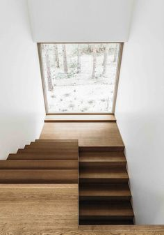 Treppe House in Pirita by Kadarik Tüür Arhitektid Breast Enhancers Throughout history, women have go Wooden Staircase Design, Home Stairs Design, Wooden Staircases, Interior Stairs, Modern House Design, Spiral Staircases, Stair Design, Stairs Architecture, Interior Architecture