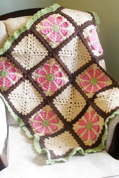 FREE Daisy Flower Crochet Charity Square pattern by Krystal Nadrutach (Also, link to free tutorial on ravelry)