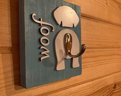 Dog Crafts, Animal Crafts, Gifts For Dog Owners, Dog Lover Gifts, Dog Lovers, Dog Leash Holder, Dog Signs, Diy Wood Projects, Wooden Signs
