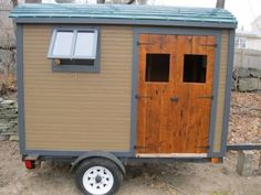 Gypsy Caravan - Tiny House - light and Compact! - Tin Can Classifieds Diy Camper Trailer, Tiny Camper, Small Campers, Camper Life, Tow Trailer, Gypsy Trailer, Trailer Build, Camper Van, Gypsy Caravan