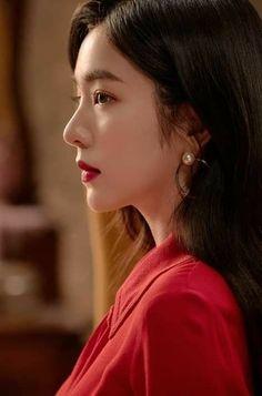 Check out Black Velvet @ Iomoio Red Velvet アイリーン, Irene Red Velvet, Seulgi, Korean Beauty, Asian Beauty, Ulzzang Girl, Kpop Girls, Girl Crushes, Korean Girl