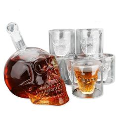 Union Power Skull Shape Whiskey Decanter Set with 6 Etched Whiskey Glasses - White Wine Scotch Whisky Bourbon Vodka Wine Beer - Bar Funnel Christmas gift Wine Decanter Set, Whiskey Decanter, Whiskey Glasses, Shot Glasses, Alcohol Glasses, Shot Glass Size, Skull Shot Glass, Crystal Glass Set, Crystal Skull