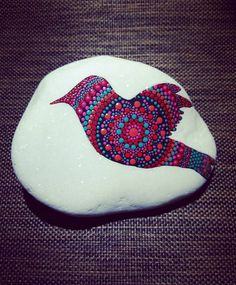 "63 Me gusta, 1 comentarios - Orsolya Kutas (@kutasorsi) en Instagram: ""#stoneart #stonepainting #paintrock #paintedrocks #paintingdots #dotartwork #dot #dots…"" Dot Art Painting, Mandala Painting, Pebble Painting, Pebble Art, Stone Painting, Dotted Art, Mandala Dots, Hand Painted Rocks, Rock Crafts"