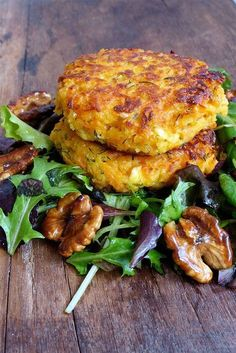 patate_douce (Sweet Potato Pancakes and Feta) Veggie Recipes, Vegetarian Recipes, Cooking Recipes, Healthy Recipes, Feta, Salty Foods, Food Inspiration, Love Food, Tapas