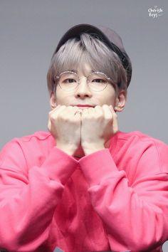 alone with the stars in the sky Woozi, Jeonghan, Seventeen Album, Seventeen Wonwoo, Hip Hop, Vernon, Seventeen Wallpapers, Pop Bands, Kpop