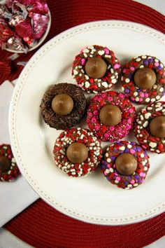 Chocolate Valentine Kiss Cookies in Chic and Crafty, Dessert Recipes, Recipes, Valentine's Day Chocolate Kiss Cookies, Valentine Chocolate, Yummy Cookies, Yummy Treats, Sweet Treats, Reese's Cookies, Baby Cookies, Heart Cookies, Sugar Cookies