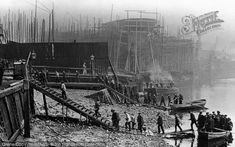 London, Thames Shipbuilding Yard It is dawn and stevedores, carpenters, coopers and ropemakers are arriving by boat to begin the day's toil. London Pictures, London Photos, Old Pictures, Old Photos, Vintage Photos, Victorian London, Vintage London, Old London, London History