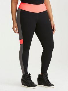 Plus Size Sportswear, Plus Size Activewear, Underwire Sports Bras, Black Lace Bralette, Plus Size Leggings, Hoodie Dress, Workout Wear, Black Sweaters, Torrid