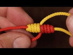 If you want to prepare yourself for an emergency, learning how to tie knots important. Here are 17 essential knots you need to learn how to tie today. Fly Fishing Knots, Trout Fishing Tips, Fishing Videos, Fishing Rigs, Sea Fishing, Fishing Stuff, Saltwater Fishing, Bass Fishing, Uni Knot