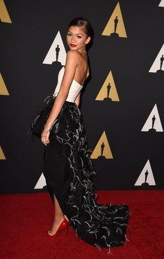 Pin for Later: Die Promis starten in die Awards-Saison Zendaya