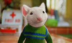 Stuart Little (Michael J. Fox) engages in extreme sports activities in Stuart Little 2 - 2002 Picture - Photo of Stuart Little 2 - FanPix. Stuart Little 2, Garth Williams, Teaser, Good Comedy Movies, Book Sites, Harrison Ford, Film Serie, Book Characters, Live Action