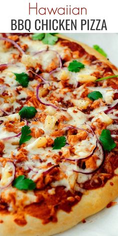 This Hawaiian BBQ Chicken Pizza is loaded with cheese, barbecue sauce, pineapple and more. This pizza is a family favorite! Bbq Chicken Pizza, Barbeque Chicken Pizza, Chicken Pizza Recipes, Shrimp Pizza, Gourmet Pizza Recipes, Vegetable Pizza Recipes, Grilled Pizza Recipes, Gourmet Pizza Toppings, Healthy Recipes