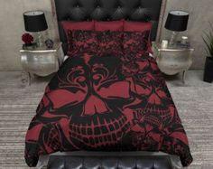 Lightweight Skull Bedding Flower & Skull Stripe par InkandRags