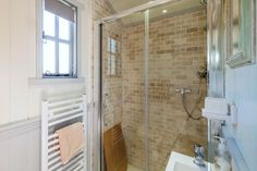 Shower Stall - Bayview by Cali Cottages