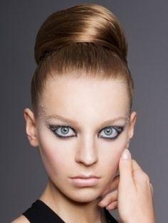 Simple Ways to Make an Elegant Ballerina Bun [post_tags Easy Hairstyles For Medium Hair, Sleek Hairstyles, Celebrity Hairstyles, Wedding Hairstyles, Hair Styles 2014, Medium Hair Styles, Long Hair Styles, Ballerina Bun, Big Bun