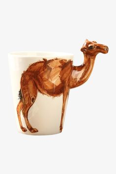 This item is shipped in 48 hours, including the weekends. This 3D camel printed coffee cup aim to change that a little bit of weird ways to drink your coffee and would make the perfect gift for all ho