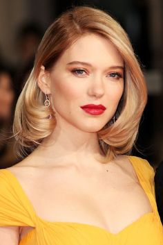 How to copy the most beautiful red carpet beauty look in real-life
