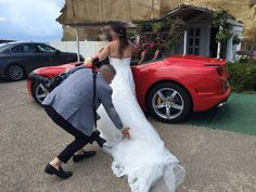 La nostra nuova Ferrari California T per la gioia di questa coppia di sposi!!!