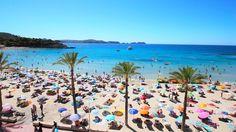 Sommer 2016 : der Strand von Paguera, Mallorca, mit kristallblauem Meer, feinem Sand, guten Restaurants und der eigenen Traumimmobilie!