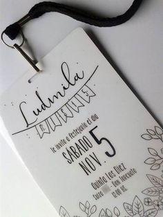 Invitaciones Tarjetas Casamiento Papel Madera Kraft Blonda - $ 21,00 en Mercado Libre 15th Birthday, Quinceanera, Ideas Para, Cards Against Humanity, Invitations, Party, Business, Dress, Diy