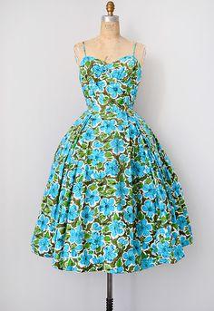 vintage 1950s Hawaiian print bombshell dress [Paradise Isle Dress] - $218.00 : ADORED | VINTAGE, Vintage Clothing Online Store