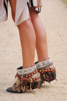 My hippie boots http://www.fashion-south.com/2014/04/my-hippie-boots.html