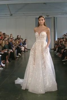 Gorgeous Embroidered Strapless Sweetheart A-Lane Wedding Dress / Bridal Gown with Deep V-Neck Cut, Open Back and a Train. Fall Winter 2019 Bridal Couture Runway Show Collection by Berta dresses sparkly videos Berta Style Stunning Wedding Dresses, Fall Wedding Dresses, Princess Wedding Dresses, Designer Wedding Dresses, Wedding Hijab, Bridal Outfits, Bridal Dresses, Berta Wedding Gowns, Bridal Dress Design