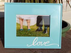Quick & Easy Personalized Frame Tutorial - Use Cricut Vinyl as decal
