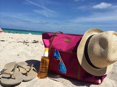 {beach essentials} Havaianas, Clarins sun care, blue mirrored ray bans, Graphic Image Nylon bag, american eagle fedora hat