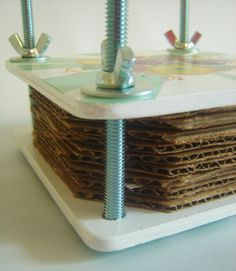 DIY Flower Press, great idea to study flowers and then use in art....might be a good project for scouts --boy and girl.....